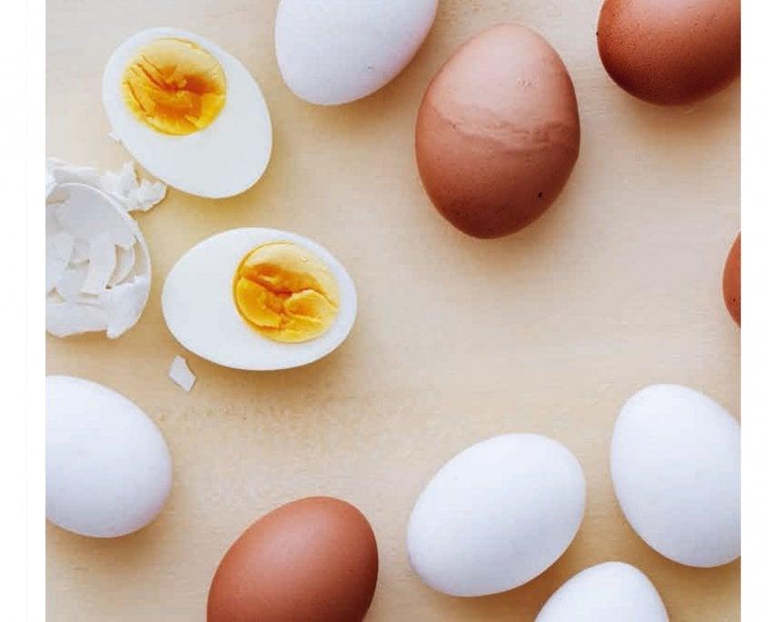 Egg er næringsdynamitt og inneholder vitaminer, mineraler, fett og protein