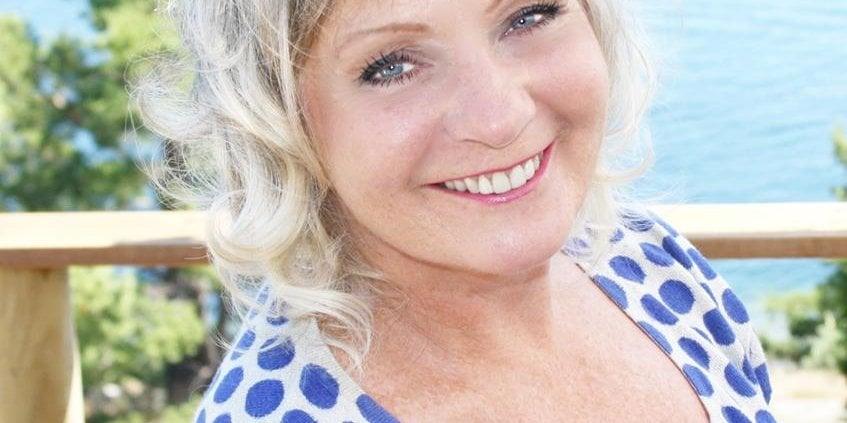 Tine Seltzer forteller om sin helsereise til å leve et best mulig liv med lavt stoffskifte på Høstkonferansen 2018