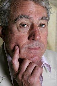 Terry Jones fra Monty Python har gitt ut boken Barbarene på Lille Måne