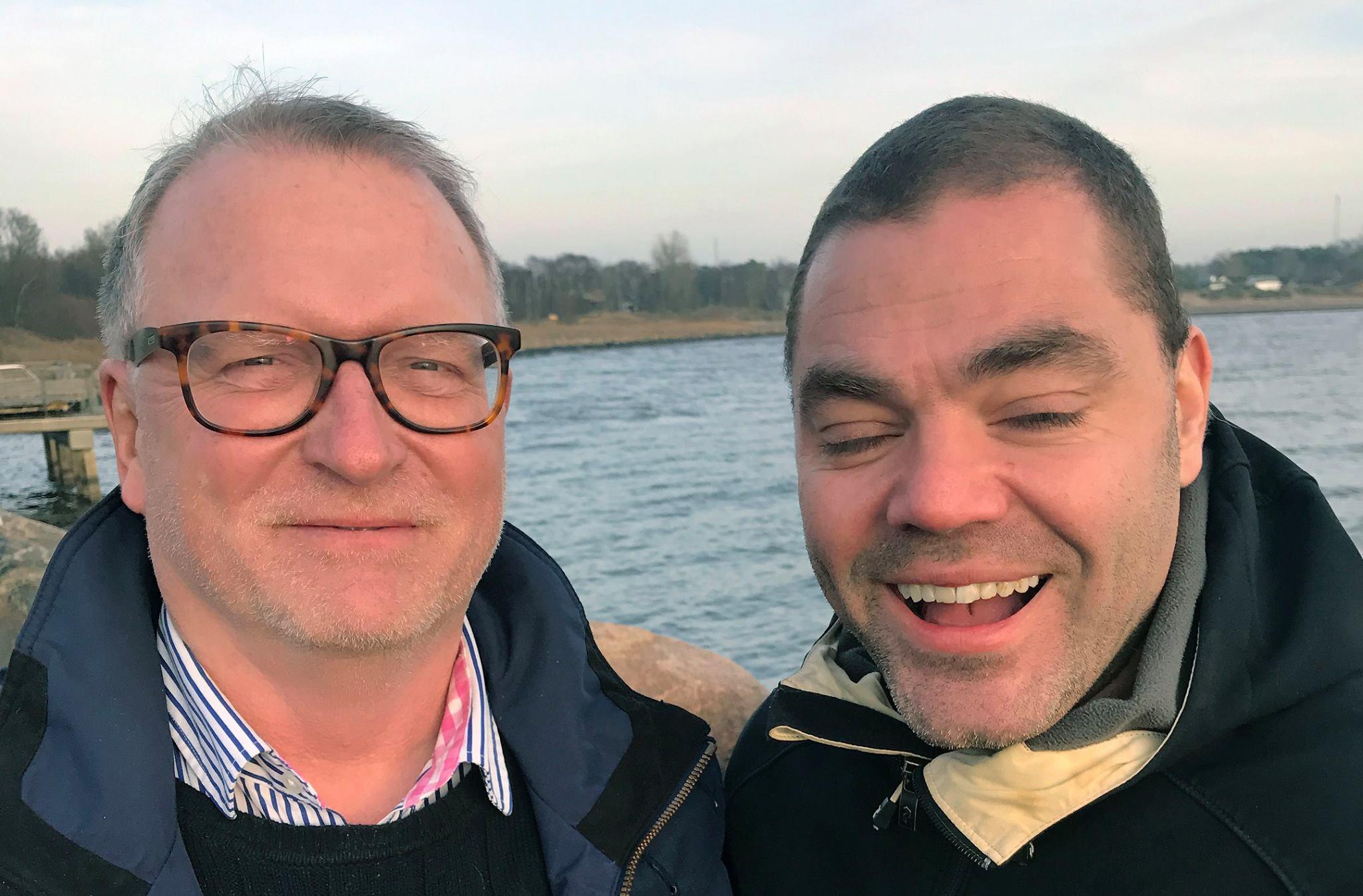 Lars-Erik Litsfeldt (venstre) og Patrik Olsson har sammen skrevet to bøker.