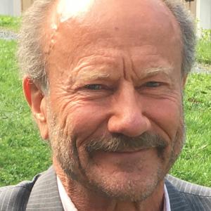 - Vitamin C i store doser kan drepe virus, mener Dag Viljen Poleszynski, ansvarlig redaktør i Helsemagasinet Vitenskap og fornuft.
